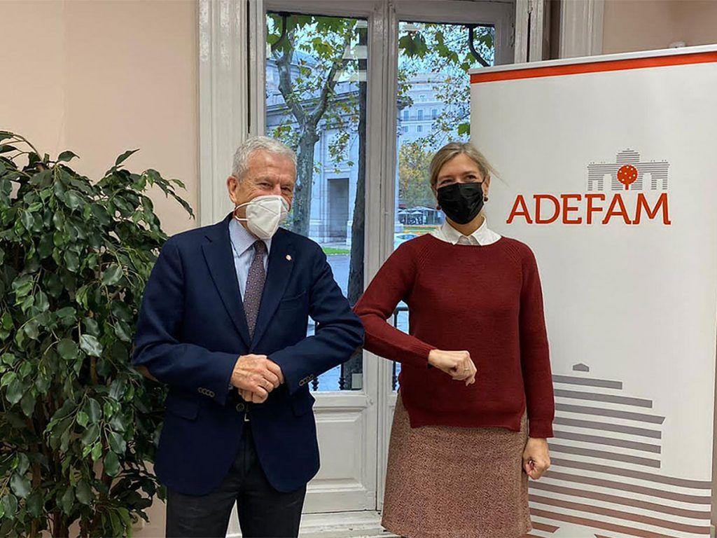 ADEFAM-y-Madrid-Futuro-firman-un-convenio-de-colaboración